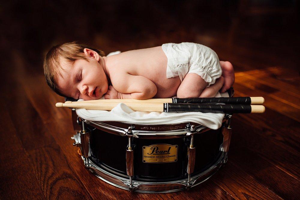 Newborn Lifestyle Photography Pittsburgh Lawrenceville Rachel Rossetti_0557.jpg