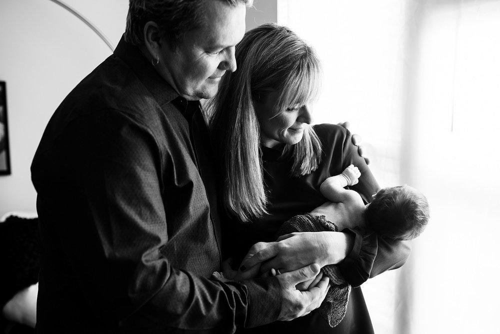 Newborn Lifestyle Photography Pittsburgh Lawrenceville Rachel Rossetti_0563.jpg
