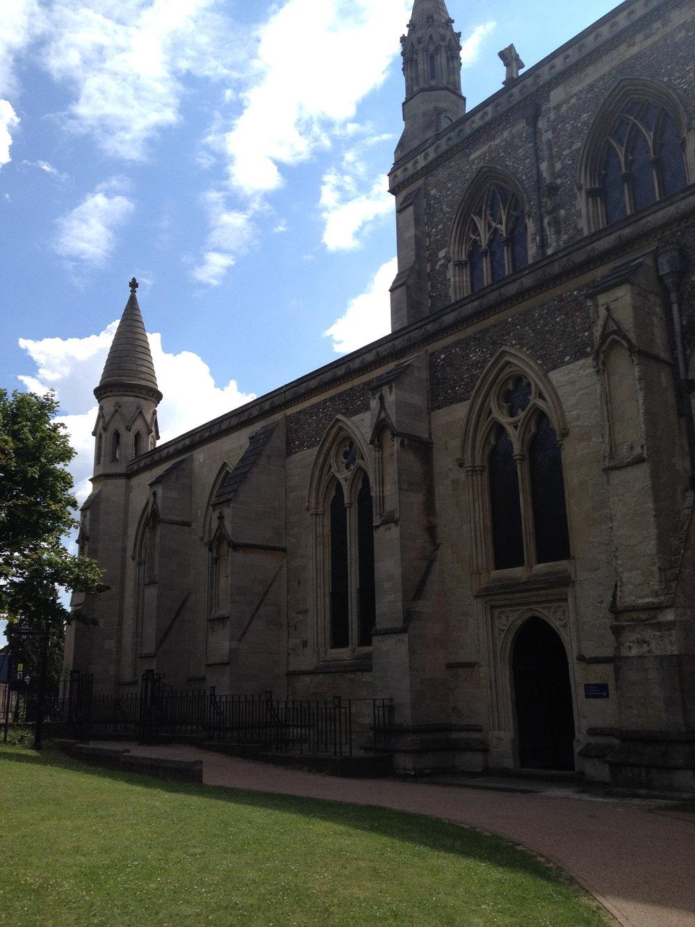St_Albans_Cathedral_July2014