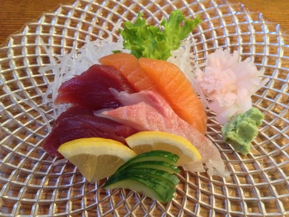 Otsukuri (assorted sashimi)