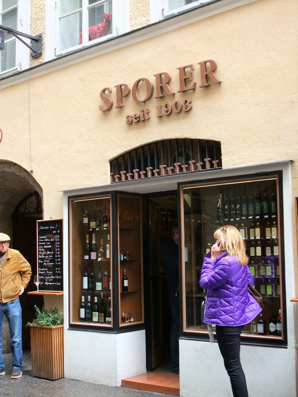 Sporer Liquor and Spirit Bar