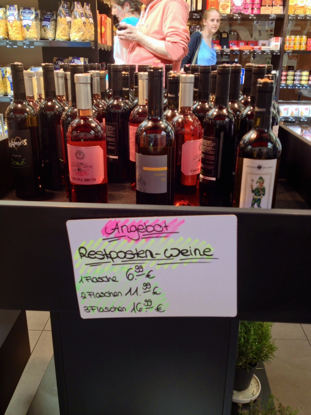 Sale wines at Di Gennaro