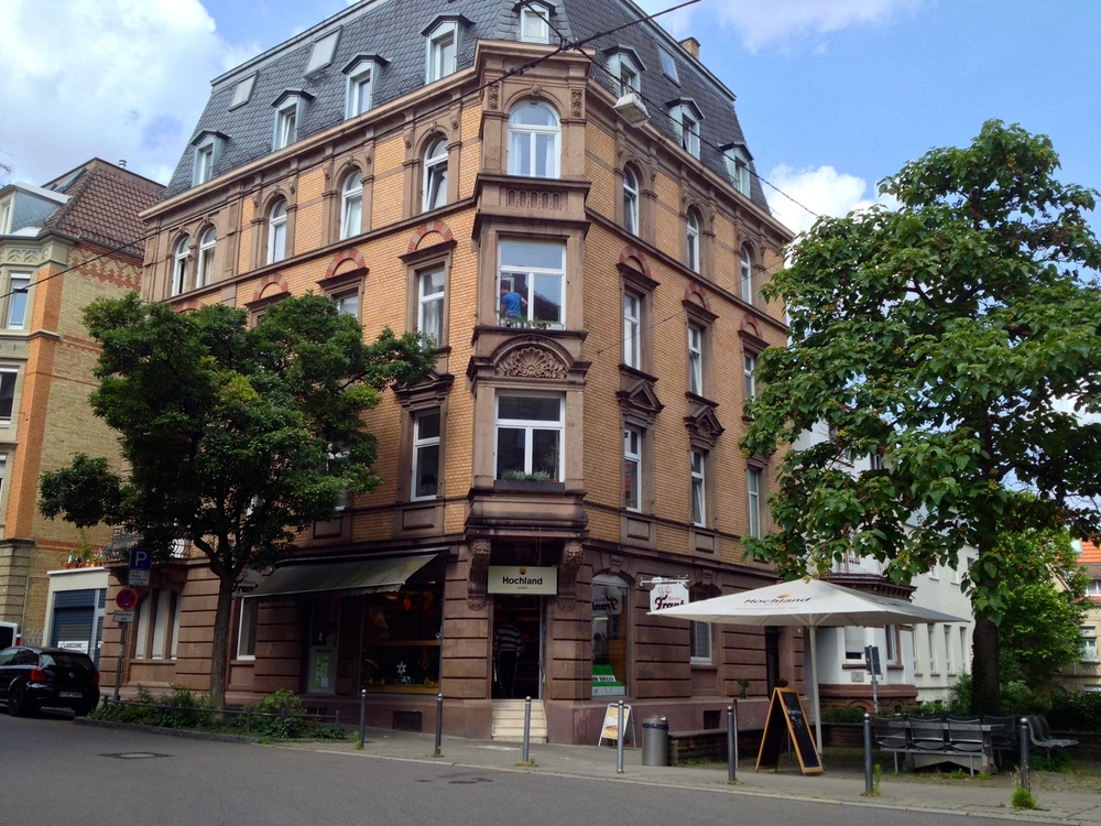 The outside of the Wächterstraße location