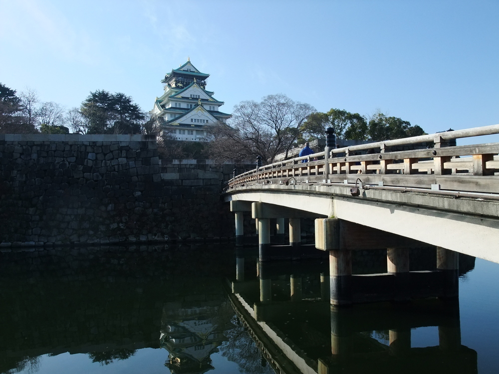 Moat in front of Osaka Castle
