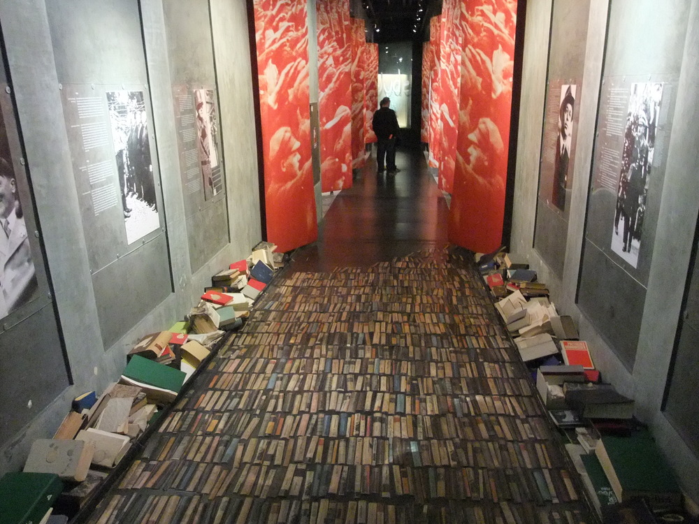 Book burning exhibit at The Story of Berlin