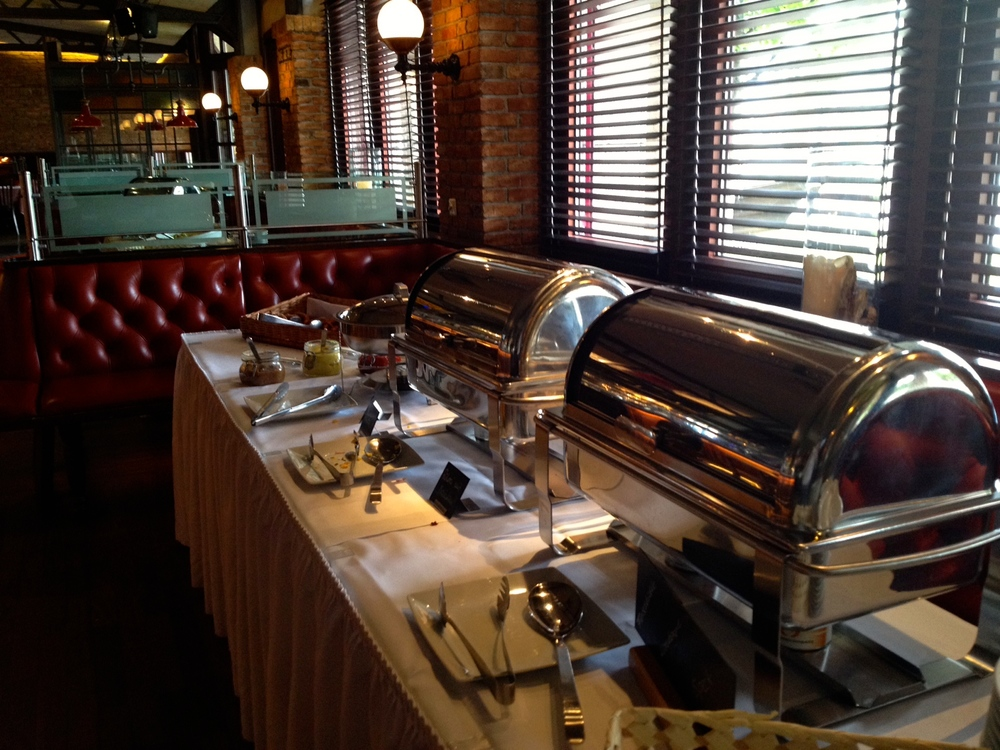 One of two hot buffets that switches over to lunch foods around 1 pm