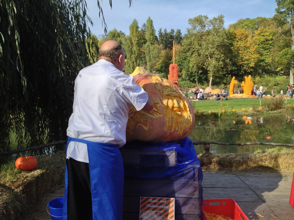 Pumpkin carving context 2012