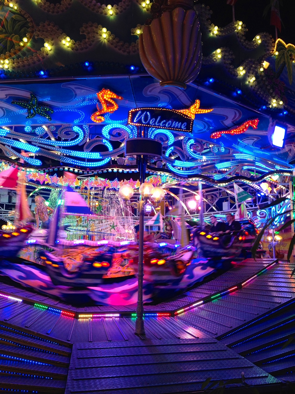 An ocean-themed whirling ride