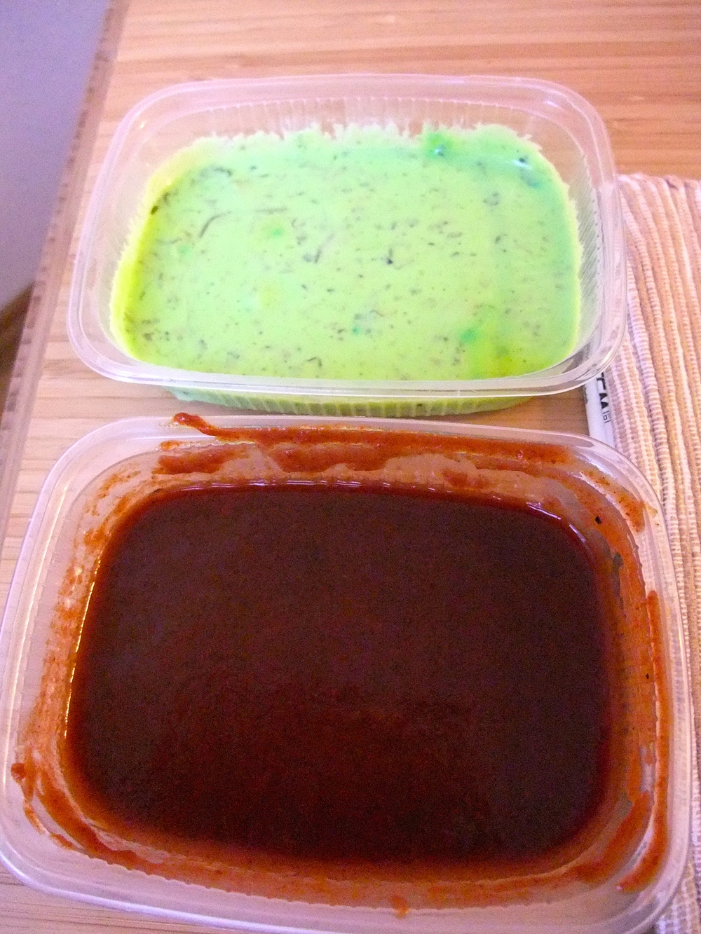 Mint-yogurt and tamarind sauces for dipping