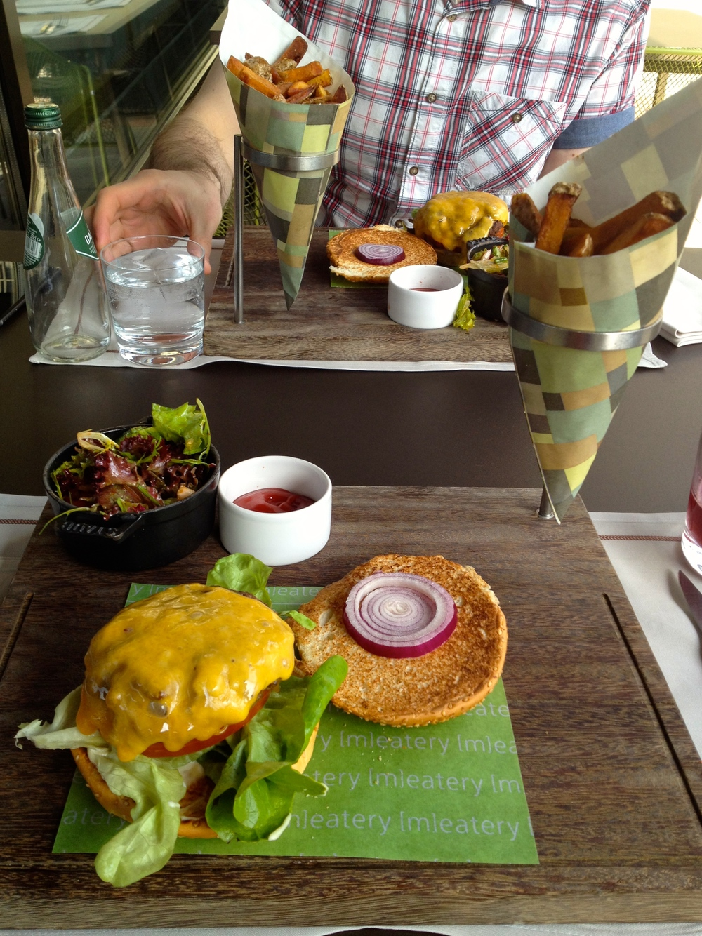The burger presentation at the [m]eatery