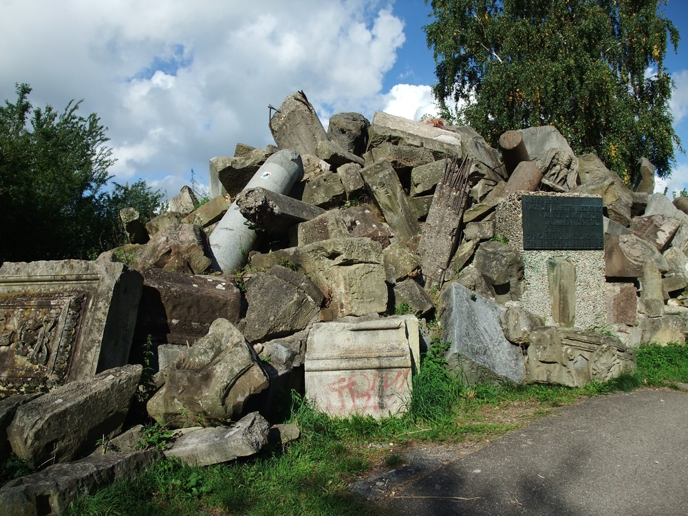 Some of the rubble on Birkenkopf