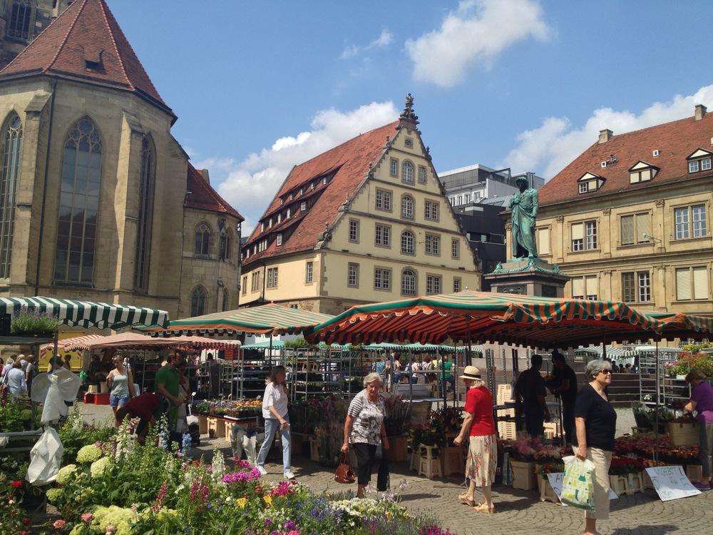 Market day in the Schillerplatz