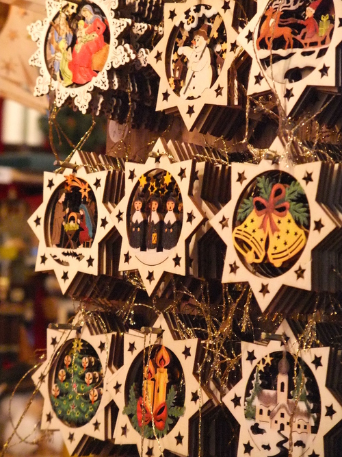 Christmas ornaments on sale at the Stuttgarter Weihnachtsmarkt