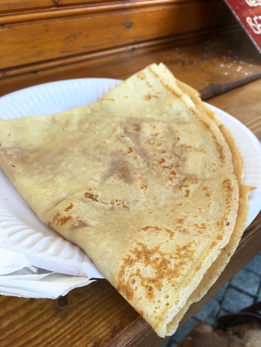 Crêpe with Grand Marnier and sugar