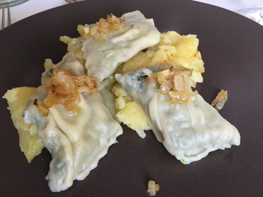 The finished  Maultaschen  and Swabian potato salad