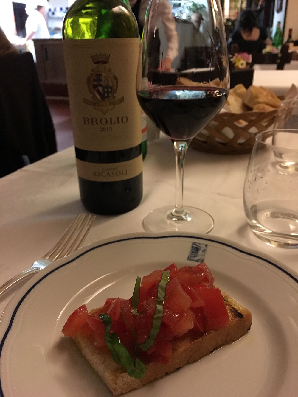 Chianti and bruschetta