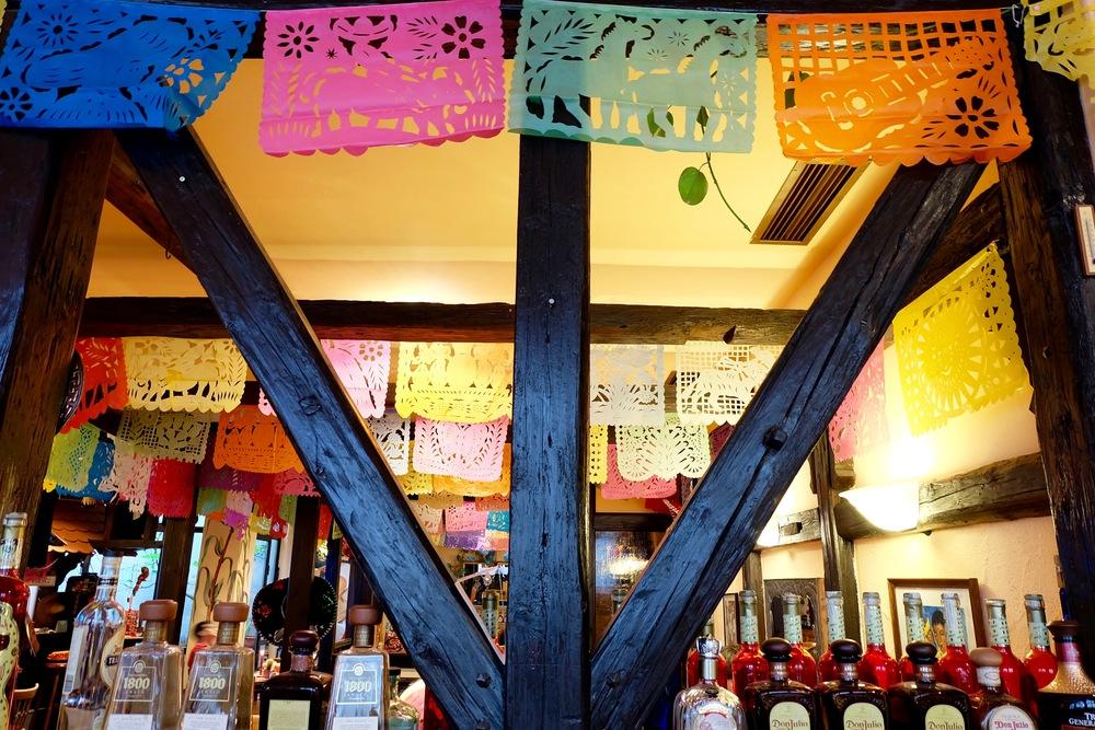 Inside   El Mero Mexicano