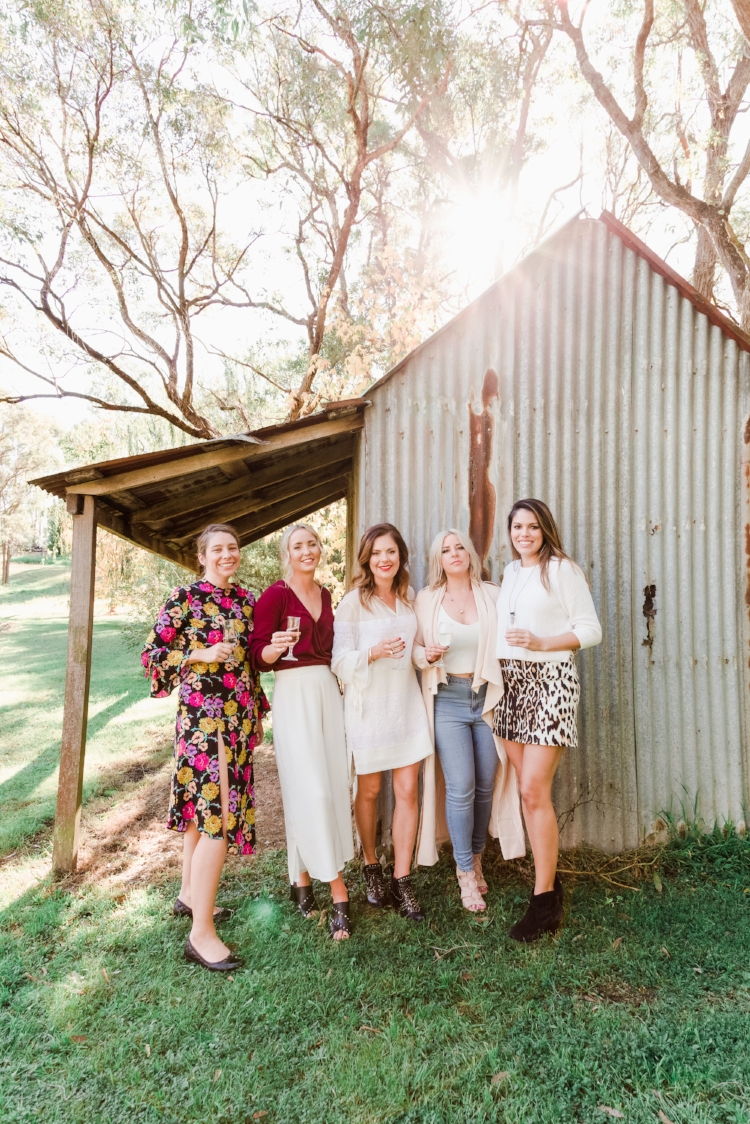 bridal-party-portrait-old-shed-wilton-nsw-wedding-photographer