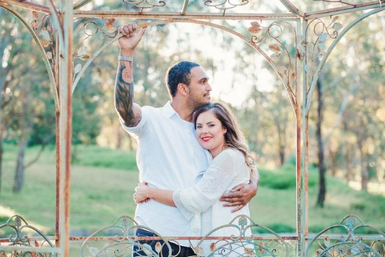 engaged-couple-photoshoot-wilton-nsw-wedding-photographer