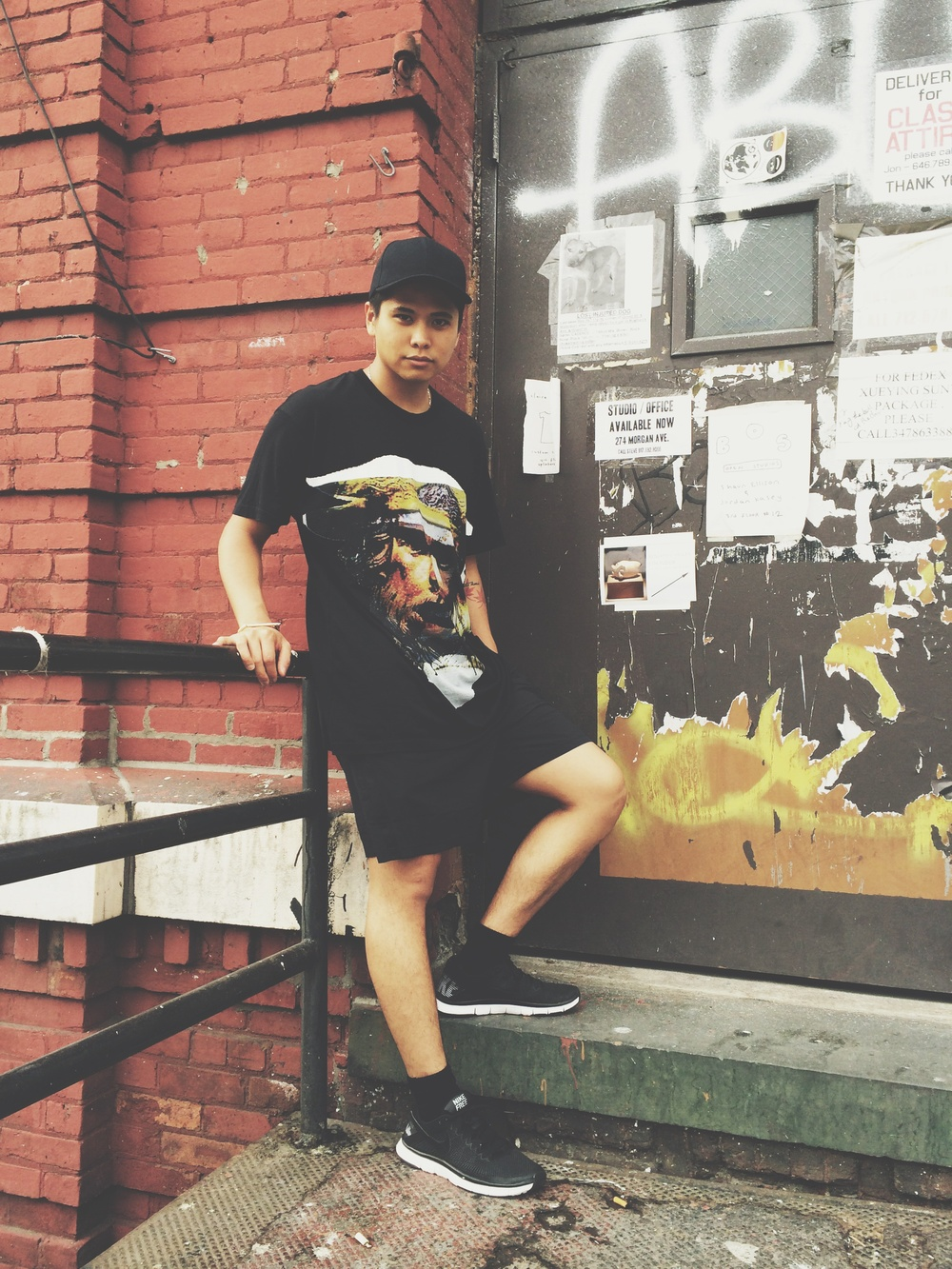 T-SHIRT: GIVENCHY SHORTS AND SHOES: NIKE