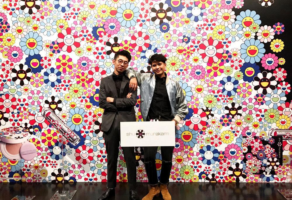 インターンをしてくれている恩地くんと。Shu Uemura x Murakami Takashiイベントにて。