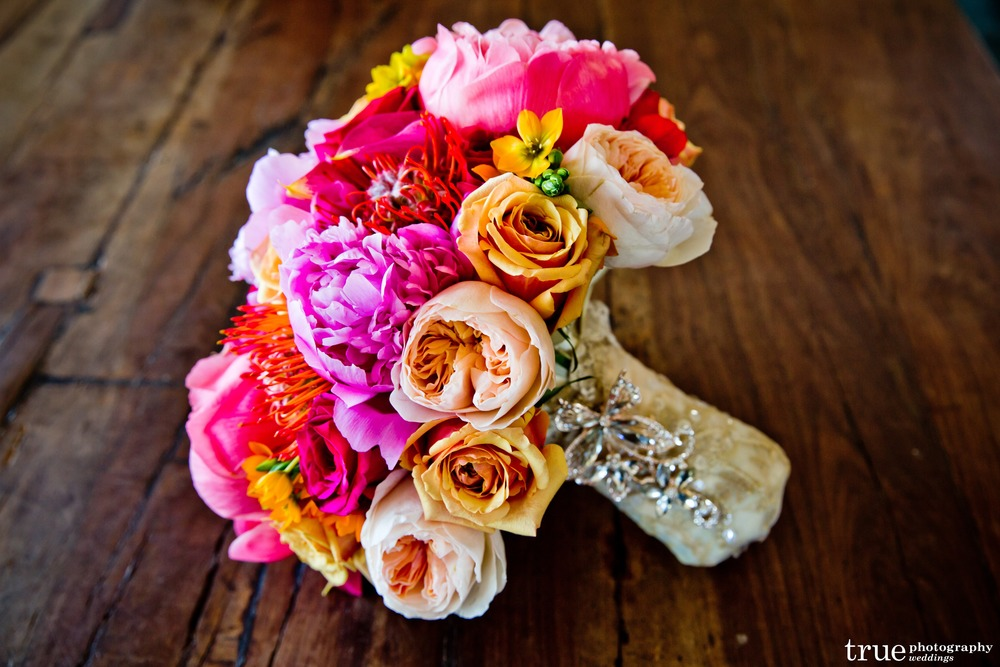 1_Vibrant Bouquet.jpg