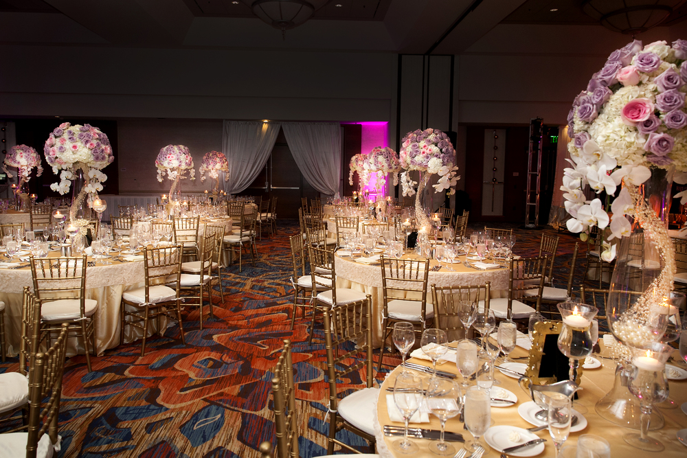 17_Lavender and pink centerpiece.jpg