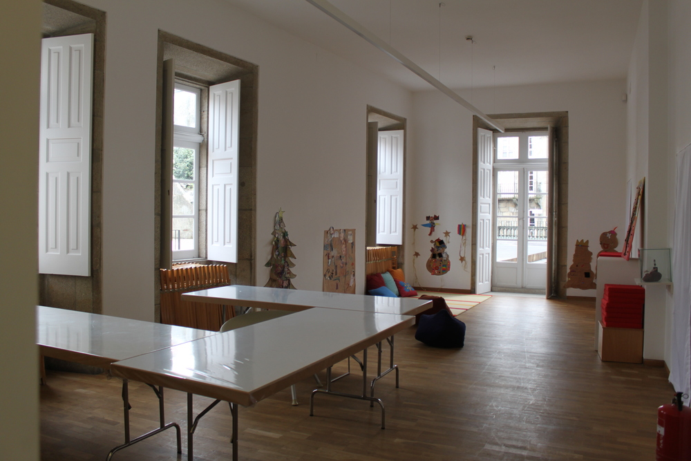room for children´s workshops, the door opens onto the terrace