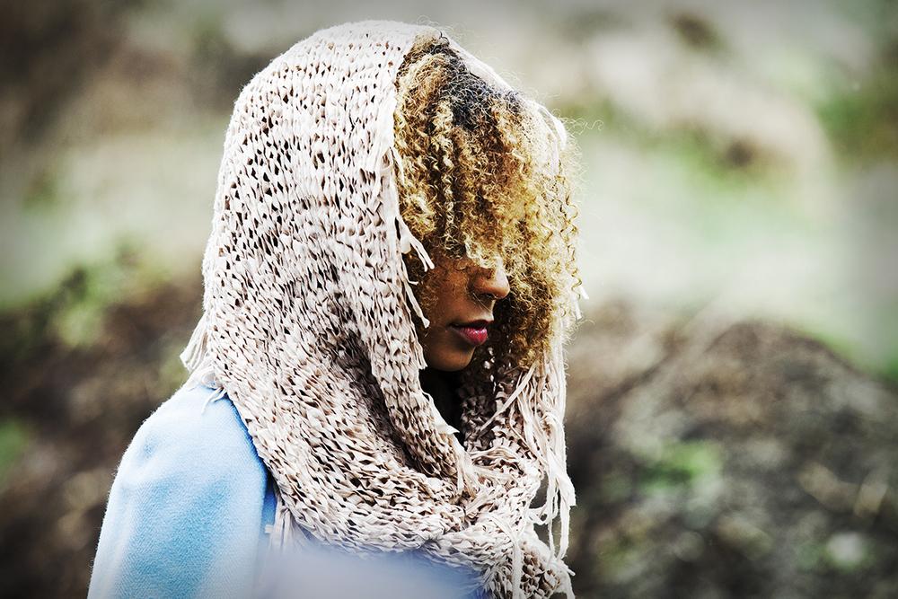 13-elizabeth-victoria-styling_cape-scarf.jpg