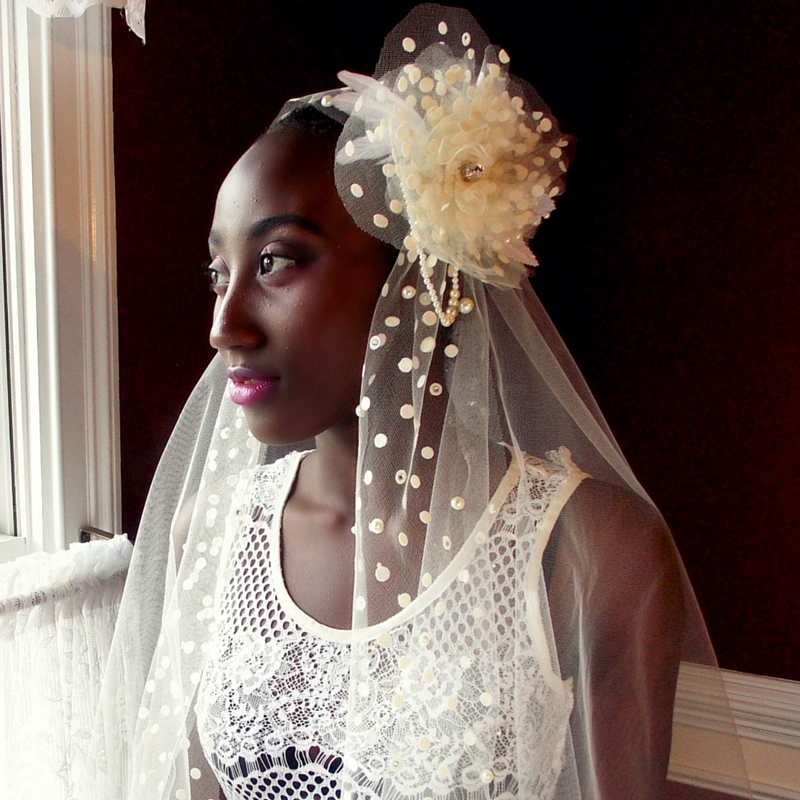Ivory Long Juliet Veil dots