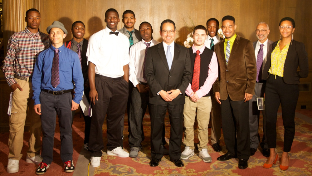 Superintendent Jose Banda with Project M.I.S.T.E.R.™ Students, Faculty, and Breakfast Group Member Gary Thomas (Tie-One-On 2014)