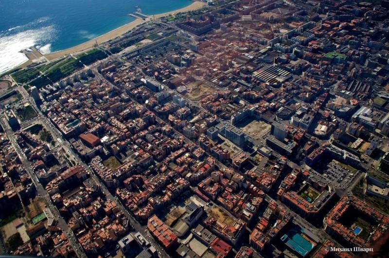 Четкие кварталы и море