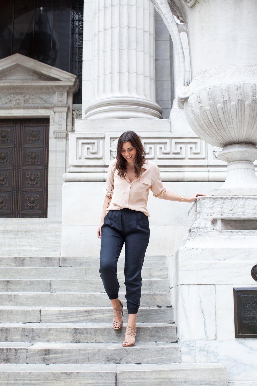blush silk equipment blouse, black joie jogger pants, chloe bag, stuart weitzman heels