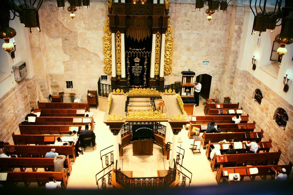 inside hurva synagogue, jewish quarter, old city jerusalem