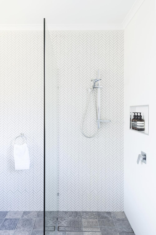 Black Rock bathroom design by Melbourne interior designer Meredith Lee