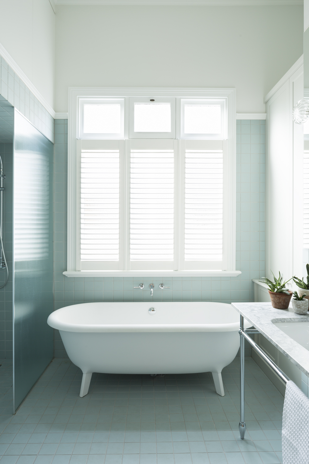 Clifton Hill house bathroom design by Melbourne interior designer Meredith Lee