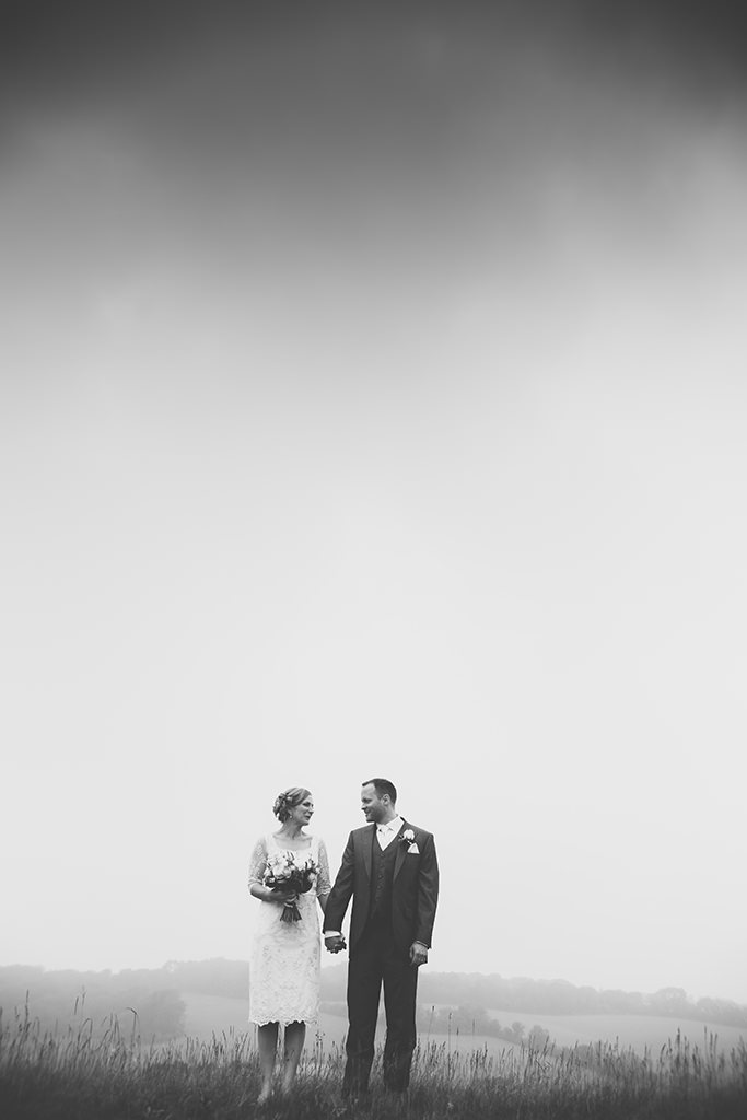 A Kent wedding photography oppo witht e lovely Amy and Adam.rtunity in bad weather.