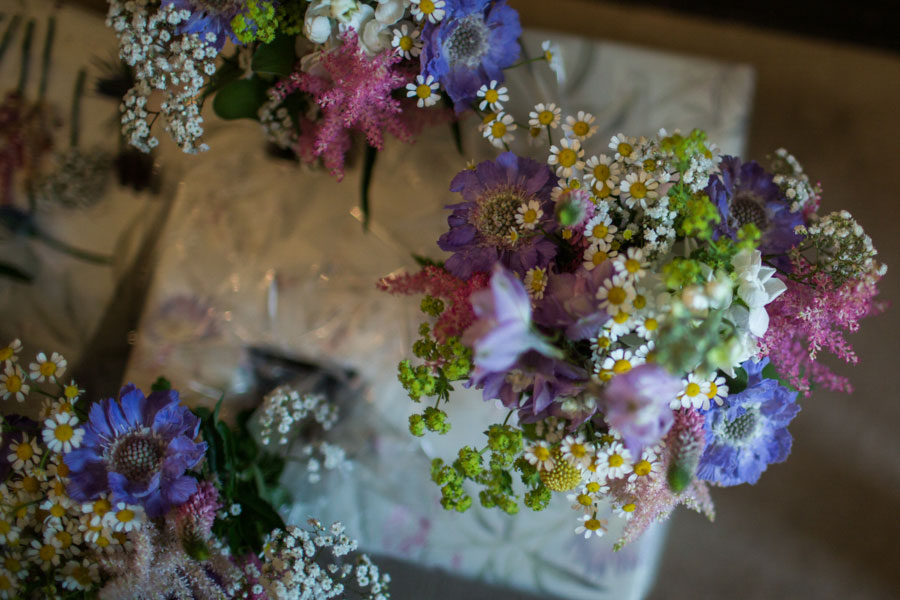 Wildflowers-Hessian-Hops-A-Country-Wedding0000.jpg