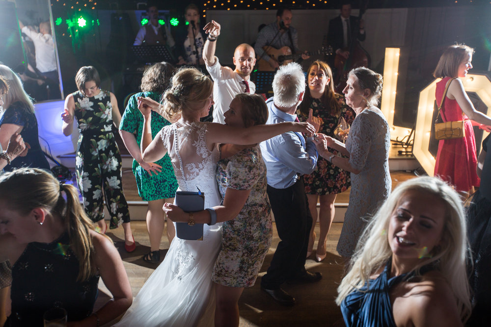 First dance and evening Large Colour-166.jpg