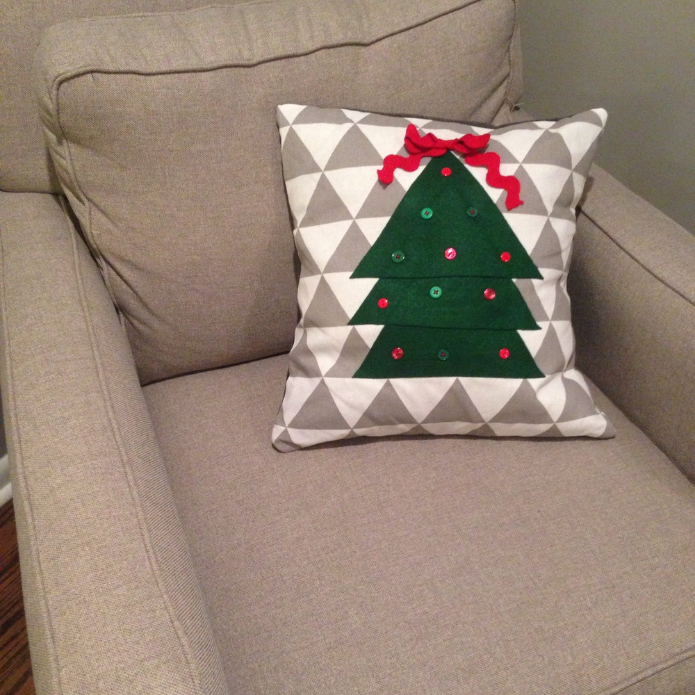 Juuuuust enough extra fabric for some festive pillows