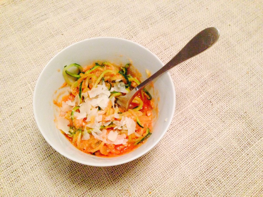 zoodles-garlic-tomato-cream-sauce.jpg
