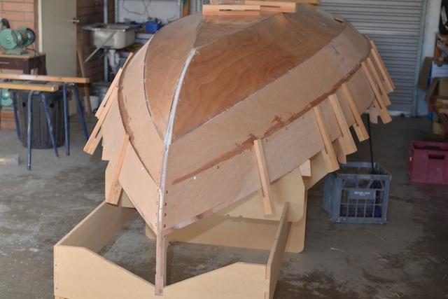 Gluing planks
