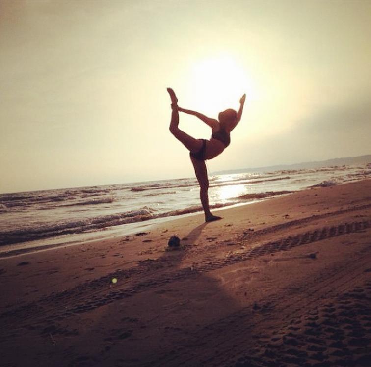 anitawinglee-yoga
