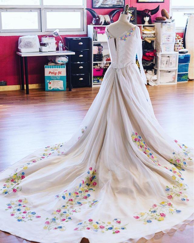 Cinderella vibes ✨✨ photo by @kevin.reodica #sewing #cinderella #cosplay #bridal