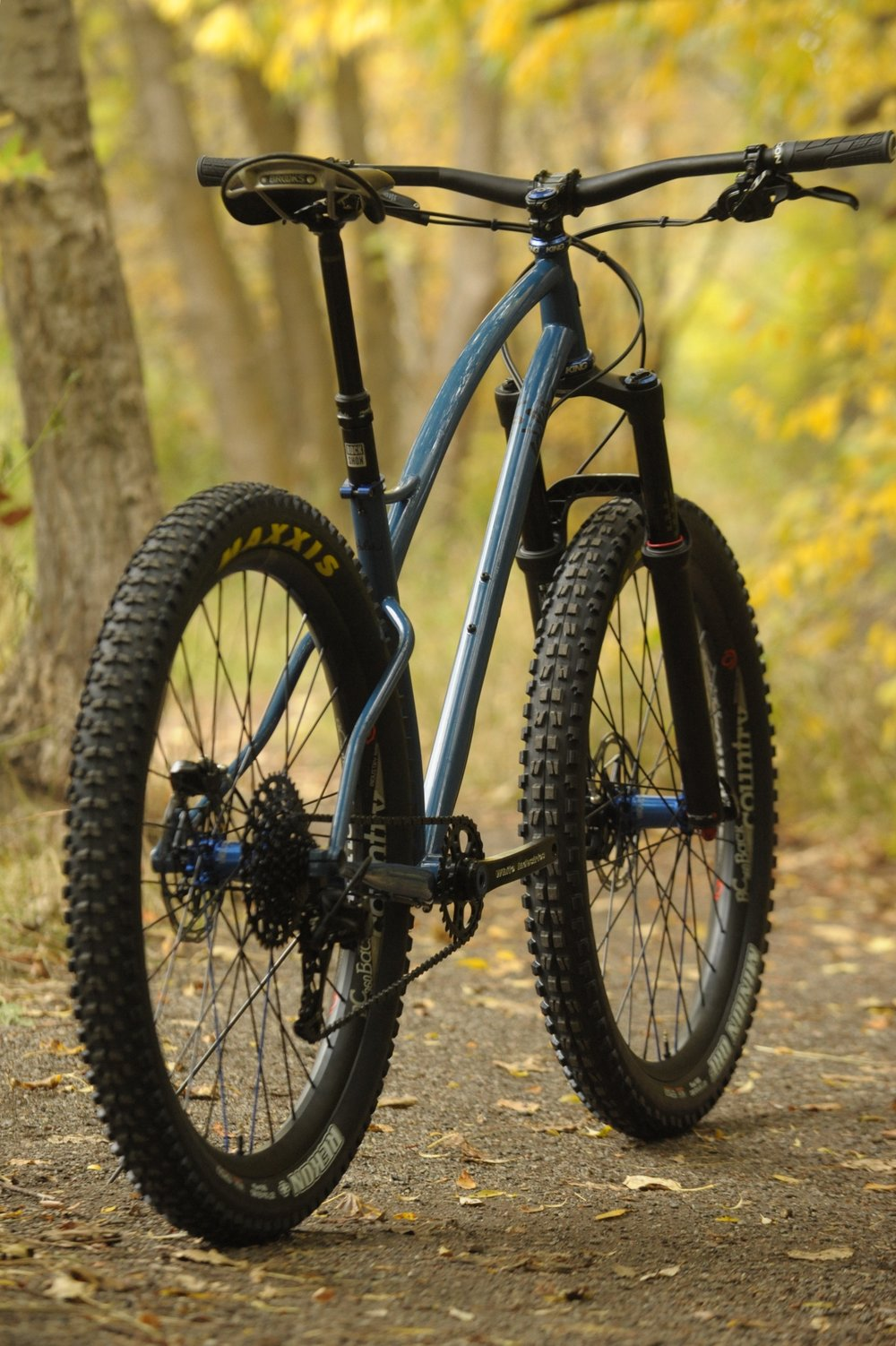 Custom 275 plus mountain bike sklar steel