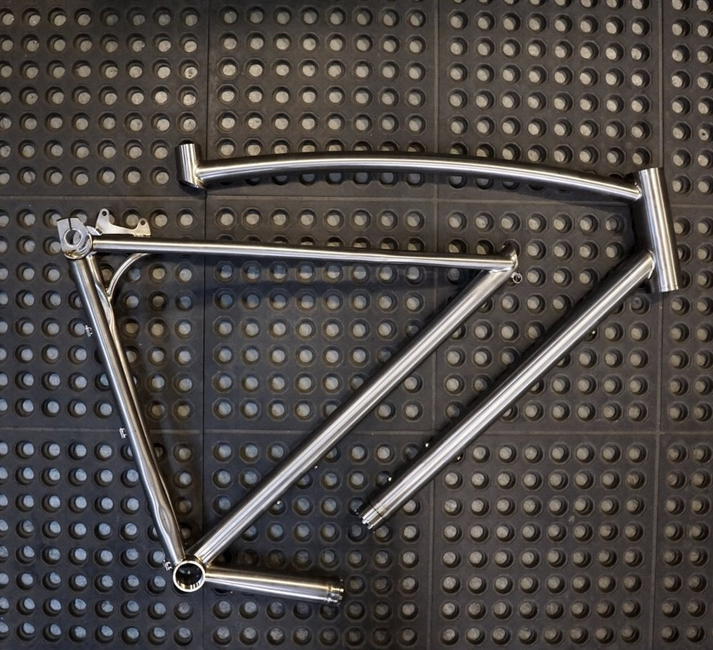 sklar titanium travel coupler all road bike