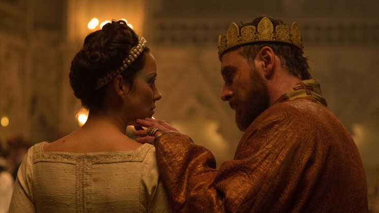 """To bed."" Marion Cotillard y Michael Fassbender en Macbeth (Justin Kurzel, 2015)"