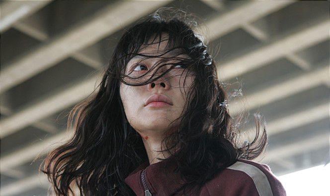 Bae Doona en el papel de Park Nam-Joo.