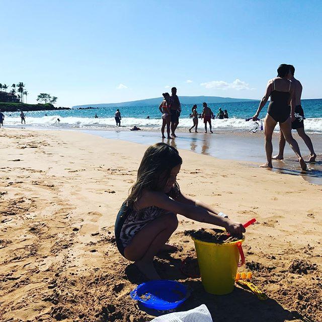 Somewhere on a beach 🏖#Maui #LondynBecerra