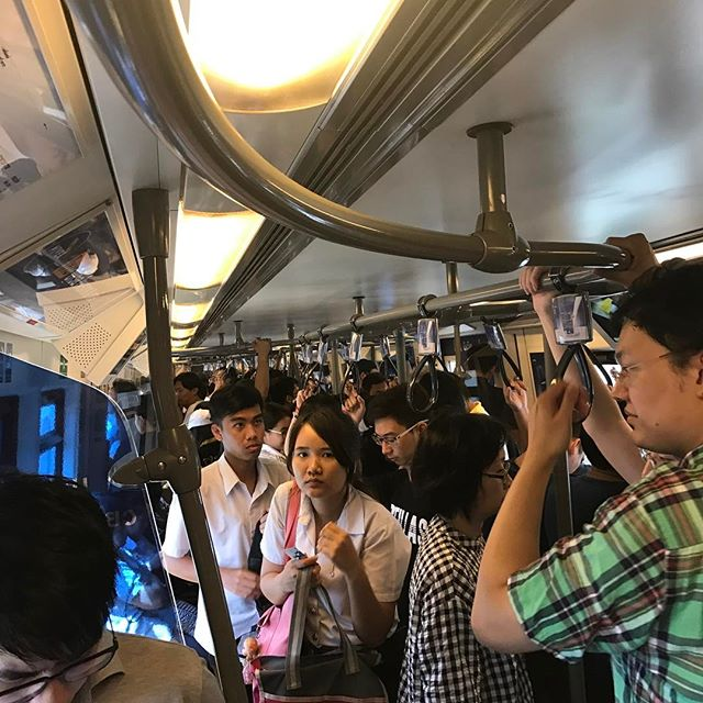 Thought it would be cool to take the train to the mall in Bangkok. #JamPacked 🚊